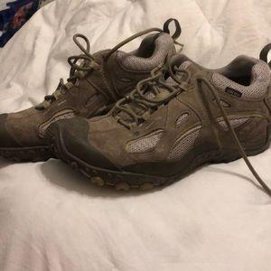 Merrell goretex footwear